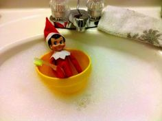 Rub a dub dub...an elf in the tub!