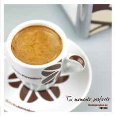 Tu momento perfeto www.flordejamaica.es Tableware, Globes, Dinnerware, Tablewares, Place Settings