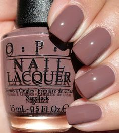 OPI Squeaker von The House // KellieGonzo Nageldesign, Nagelkunst, Nagelstudio, Irvine, Newport Beac Nail Color Trends, Fall Nail Colors, Winter Colors, Popular Nail Colors, Pretty Nail Colors, Nail Colour, Trendy Nails, Cute Nails, Classy Nails