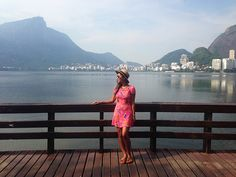 get trendy; renata ferraz; fashion looks; street style; sao paulo; bloggers; brazilian fashion; lagoa rodrigo de freitas; rio de janeiro; lagoa rio de janeiro; pink dress; summer dress; carioca; moda carioca