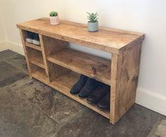 Rustic Shoe Rack, Wood Shoe Rack, Shoe Rack Bench, Wooden Storage Bench, Diy Shoe Storage, Diy Pallet Furniture, Rustic Furniture, Furniture Design, Wooden Decor