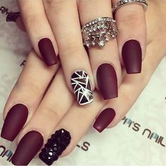 I love seeing different artist designs. They are so inspiring. If you come across this image please tag yourself! #nails #design #polish