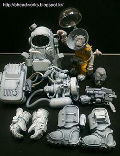 "Awesome Robo!: Bhead's Amazing Custom ""Biogeneticist Dr. Paul"" Toy"