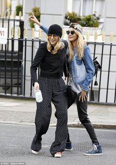 Fun looks / Cara Delevingne and Suki Waterhouse are clearly morning people as…