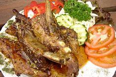 Marináda s medem na grilovaná žebra Barbecue, Steak, Food, Barrel Smoker, Essen, Bbq, Steaks, Meals, Yemek