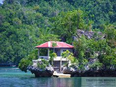 House perched upon the rocks at Libjo, Dinagat Islands. Mindanao, Travel And Leisure, Oh The Places You'll Go, Hotels And Resorts, Philippines, Islands, Travel Photography, To Go, Traveling
