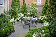 Dining Patio and Garden designed by Mary Kirk Menefee; installed by Merrifield Garden Center.  Photo: Joshua Pritt