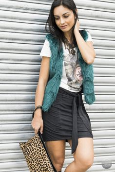#debrummodas #inverno #saia #colete #tshirt #estampada #style #estilo #moda #fashion #modafeminina