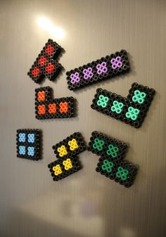 Tetris perler o hama beads Perler Bead Designs, Hama Beads Design, Diy Perler Beads, Perler Bead Art, Melty Bead Patterns, Pearler Bead Patterns, Perler Patterns, Beading Patterns, Quilt Patterns