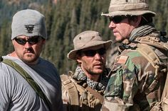 Lone Survivor's Marcus Luttrell On What It's Like Making A Movie About The Worst Day Of Your Life image Lone Survivor Movie, Marcus Luttrell, Naval Special Warfare, Us Navy Seals, Super Soldier, Worst Day, United States Navy, Special Forces, Life Images