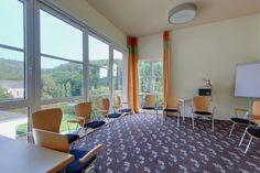 Verschiedene Tagungsräume unterschiedlicher Größe stehen Ihnen für Ihre Tagesveranstaltung in Geisenheim zu Verfügung.