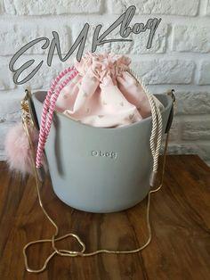 o basket; O Bag, Basket, Fashion, Moda, Fashion Styles, Fashion Illustrations