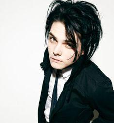 Who misses Gerard Way's black hair?