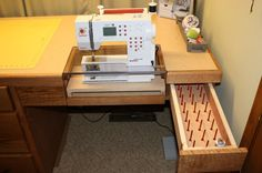 Click image for larger version  Name:sewing desk4.jpg Views:2120 Size:89.8 KB ID:55263
