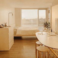 Small Room Bedroom, Room Ideas Bedroom, Bedroom Decor, Korean Bedroom Ideas, White Bedroom, Master Bedroom, Study Room Decor, Small Rooms, Small Spaces