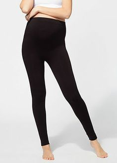 Shop Ingrid & Isabel to find the comfiest maternity and postpartum leggings ever, like the Seamless Belly Leggings that go with everything. Best Maternity Leggings, Maternity Tops, Stylish Maternity, Maternity Fashion, Pregnancy Wardrobe, Maternity Wardrobe, Belly Bump, Baby Shower Dresses, Under Dress