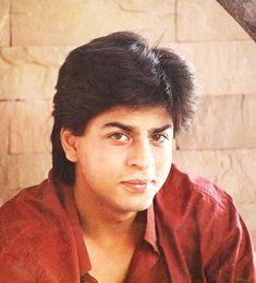 Just one word for him. Shah Rukh Khan Quotes, Shah Rukh Khan Movies, Shahrukh Khan And Kajol, Salman Khan, Bollywood Photos, Bollywood Stars, Rahul Dev, Kuch Kuch Hota Hai, Sr K