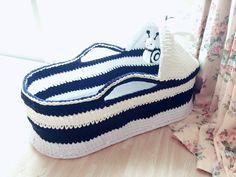 Chrochet, Crochet Patterns, Vans, Knitting, Sneakers, Shoes, Fashion, Farmhouse Rugs, Bushel Baskets