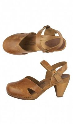 Plumo closed toe sandals. I might have already pinned these, actually...
