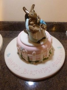 Beatrix Potter's Mrs Rabbit cake