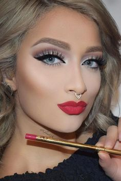 http://get-paid-at-home.com/prom-makeup-is-one-of-the-first-major-challenges-of-the-beauty-world-that-is-wai-5/