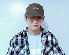 "[COMPLETED] Cast: - Kim Taehyung - Y/N (Your Name) Taehyung: ""My b… #fiksipenggemar # Fiksi penggemar # amreading # books # wattpad"
