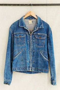 51c5c181b0a Vintage Denim Wrangler Jacket - Urban Outfitters Lee Denim Jacket