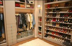 #Cabina #armadio, il sogno segreto di tutte le donne alla moda!    http://www.amando.it/casa-cucina/arredamento/cabina-armadio-desiderio-donne.html