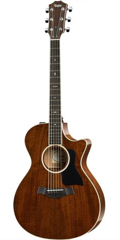 Taylor 522ce Grand Concert Acoustic-Electric Guitar