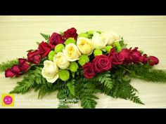 Blossom in Home ,Penny Rose mix Red Rose Oval shape Floristería 66 Tropical Flower Arrangements, Creative Flower Arrangements, Church Flower Arrangements, Rose Arrangements, Church Flowers, Beautiful Flower Arrangements, Funeral Flowers, Casket Flowers, Table Flowers
