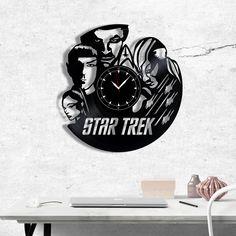 Star Trek Vinyl Record Clock - Star Trek wall clock - Best Gift for Fans Star Trek - Original Gift for Wall Decor Vinyl Record Clock, Vinyl Records, Star Trek Original, Vinyl Gifts, Gift Guide, Best Gifts, Gifts For Her, Fans, Darth Vader