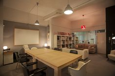 a2 #coworking #Valencia. Valencia, Conference Room, Table, Furniture, Home Decor, Chest Of Drawers, Table And Chairs, Work Spaces, Decoration Home