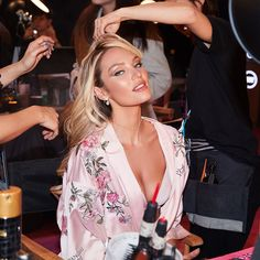7 Makeup Rules We Learned at the Victoria's Secret Fashion Show