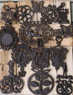 Lot 13 Vintage Antique Cast Iron Trivet Collection Wilton Armetale Sexton VGM NR