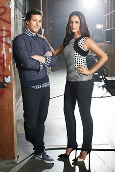 Brooklyn Nine-Nine stars Andy Samberg aka Jake Peralta and Melissa Fumero aka Amy Santiago get dressed up as their characters in the latest issue of Good. Brooklyn Nine Nine Funny, Brooklyn 9 9, Jake And Amy, Jake Peralta, Andy Samberg, Film Serie, Best Tv Shows, Celebs, Celebrities