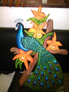 Pavo real Clay Wall Art, Clay Art, Peacock Artwork, Glow Table, Modelos 3d, Polymer Clay Projects, Paper Mache, Wood Art, Mud