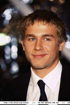 Charlie Hunnam casted as Christian Grey