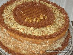 1 recept na Coolinarici je tagiran tagom torta-za-vjencanja. Dobos Torte Recipe, Torte Cake, Torte Recepti, Kolaci I Torte, Top 10 Desserts, Chocolate Desserts, Sweet Recipes, Cake Recipes, Dessert Recipes