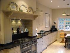 Kitchen Tiles Country Range Cooker New Ideas Kitchen Mantle, Kitchen Chimney, Kitchen Paint, Kitchen Shelves, Kitchen Tiles, New Kitchen, Kitchen Design, Medium Kitchen, Handmade Kitchen Furniture
