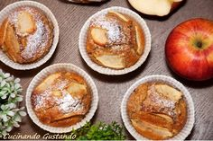 Muffin integrali mele e miele Plum Cake, Miele, Yogurt, Cupcakes, Cakes And More, Easy Cooking, Sugar Free, Sweets, Muffins