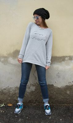 Nameless fashion blog: Less is more #swetshirt #comfy #outfit #nike