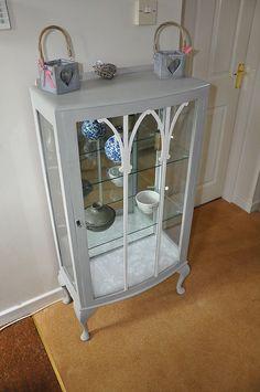 Vintage Annie Sloan Painted Shabby Chic Display Cabinet Lock & Key Ex-Display £70