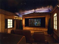 Outdoor Château Home Theatre Theme