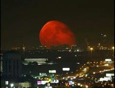 Real photo of moonrise