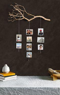 15 Creative Photo Display Ideas That Don't Need Frames Diy Crafts For Home Decor, Diy Wall Decor, Decor Room, Tree Branch Decor, Creation Deco, Photo Displays, Display Photos, Handmade Home, Interior Decorating