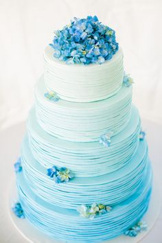 38 Elegant Blue Wedding Cake Ideas You Will Like - Hochzeit Ideen Pretty Cakes, Beautiful Cakes, Amazing Cakes, Cake Cookies, Cupcake Cakes, Cake Fondant, Bolo Neon, Bolo Cake, Cape Cod Wedding
