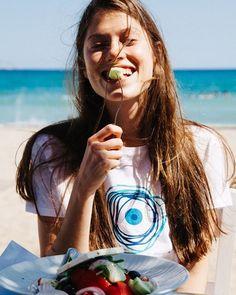 http://www.living-postcards.com/fashion-style/t-greeks-coolest-t-shirt#.V0c0p5N96hc