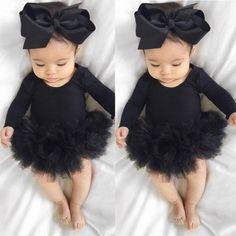 Baby Girl Romper, Cute Baby Girl, Baby Love, Cute Babies, Baby Bodysuit, Baby Girl Headbands, Baby Onesie, Baby Tritte, Baby Girl Newborn