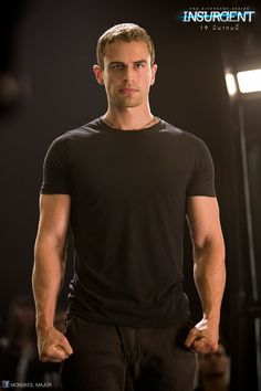 Find images and videos about divergent, four and theo james on We Heart It - the app to get lost in what you love. Tris Et Tobias, Tris Und Four, Divergent Theo James, Divergent Four, Divergent Trilogy, Divergent Fandom, Insurgent Quotes, Divergent Insurgent Allegiant, Divergent Quotes