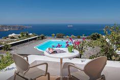 Ananda Retreat - Near Athinios Port - Pyrgos Kallistis Greece Hotels, Great Hotel, Outdoor Furniture Sets, Outdoor Decor, Santorini Greece, Vacation Villas, Sun Lounger, Alternative, Home Decor